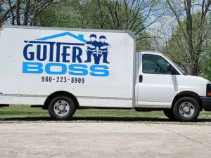 2007 Chevy box van Box truck Lettering from David D, NC